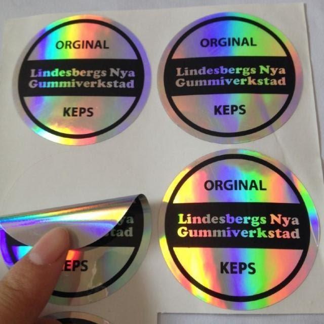 Tem 7 màu được cấu tạo từ 4 lớp cơ bản